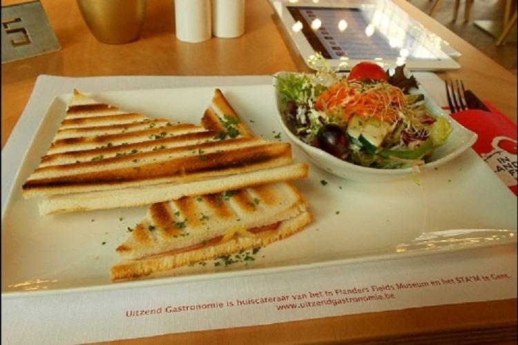 IEPER | Eten in het In Flanders Fields Museumcafé